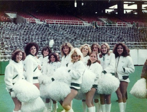 NFL Philadelphia Eagles Eaglettes Cheerleaders 43d57c13b